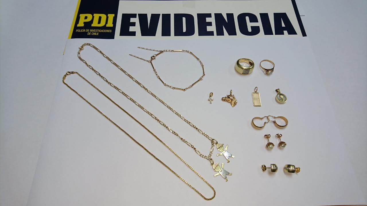 PDI Curicó recupera 6 millones en joyas sustraídas