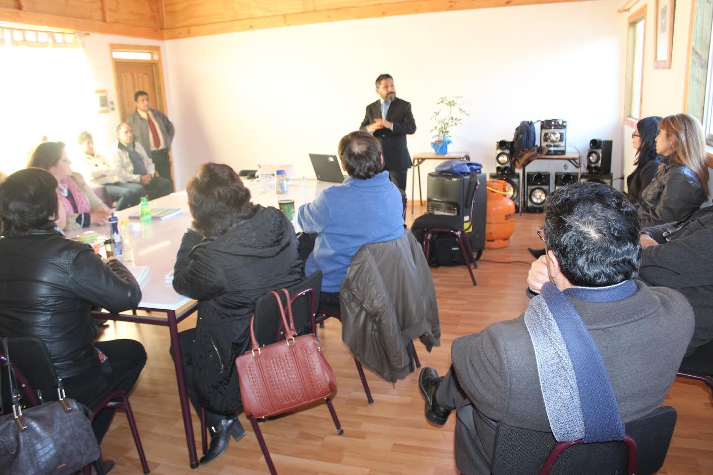 Profesores del Liceo de Curepto analizaron nueva Ley de Inclusión junto al director de la Supereduc Maule