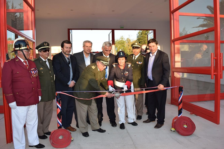 Bomberos de Curicó y Doñihue cuentan con nueva infraestructura