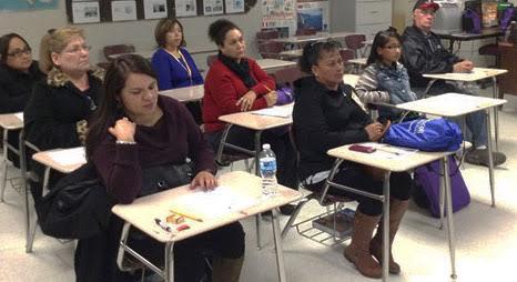 Primera escuela para padres en Cauquenes es apoyada con fondos SEP