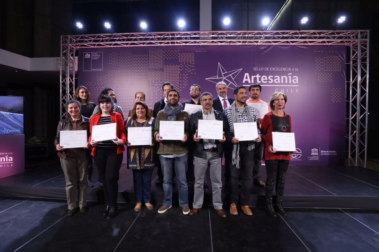 Artesana de Rari fue reconocida con el Sello de Excelencia a la Artesanía 2016