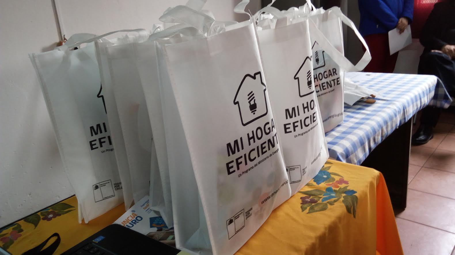 Crece número de familias beneficiadaspor convenio de ahorro energético