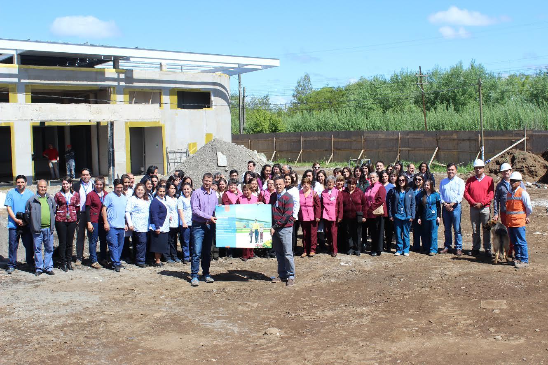 Funcionarios del CESFAM Retiro visitaron la que será su nueva casa
