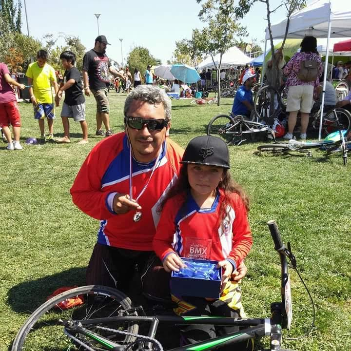 Padre e hija linarenses disputarán Copa Latinoamericana de BMX 2016 en Perú
