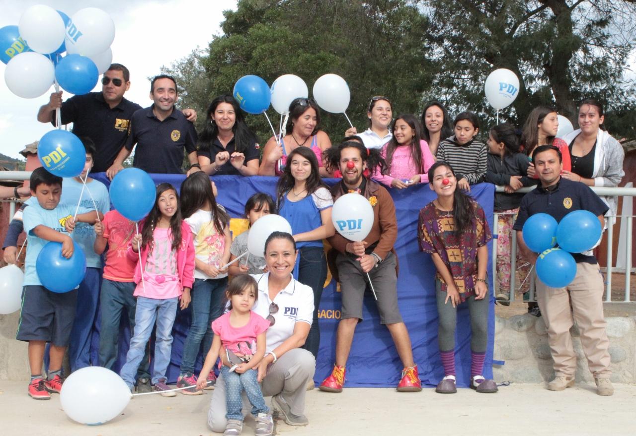 PDI Linares compartió con familias afectadas de Huerta de Maule