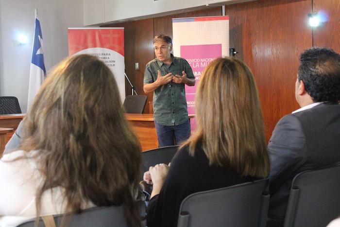Profesores y Académicos de San Clemente analizan impacto de la educación sexual en Chile