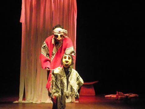 Estudiantes municipales inician extensión cultural viendo obra de teatro basada en historia mapuche