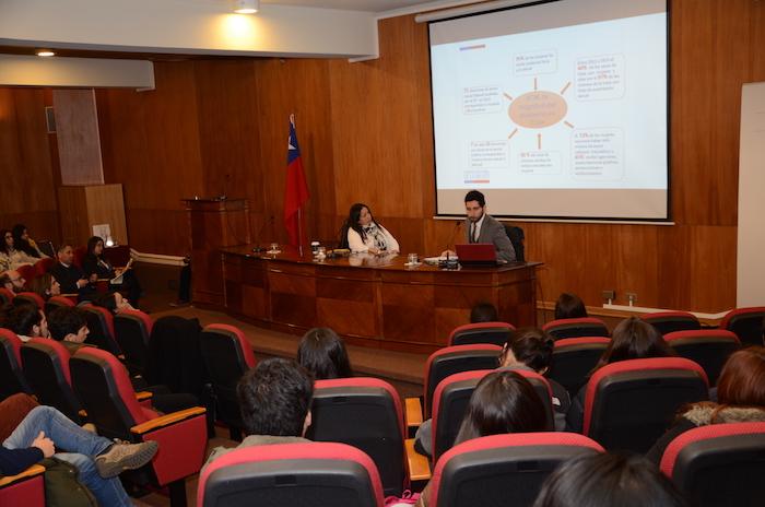 Ley Antonia fue analizada en la Universidad de Talca