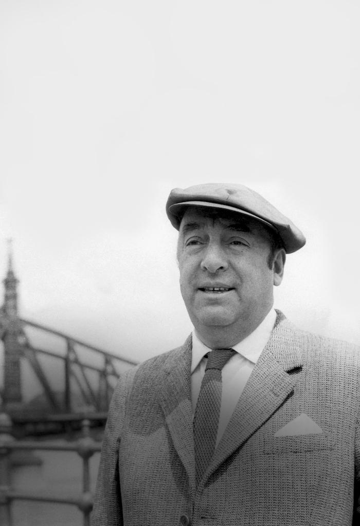 """Invitan a la comunidad a apreciar la exposición """"Neruda: El hombre y el Poeta"""""""
