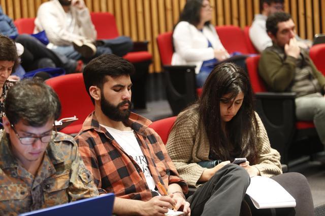 Expertos en Educación discutieron sobre necesidades de formación ciudadana para docentes