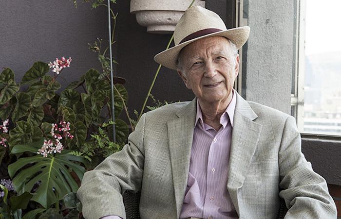 """Mirada del crítico Waldemar Sommer fue plasmada en el libro """"A Todo Arte"""""""