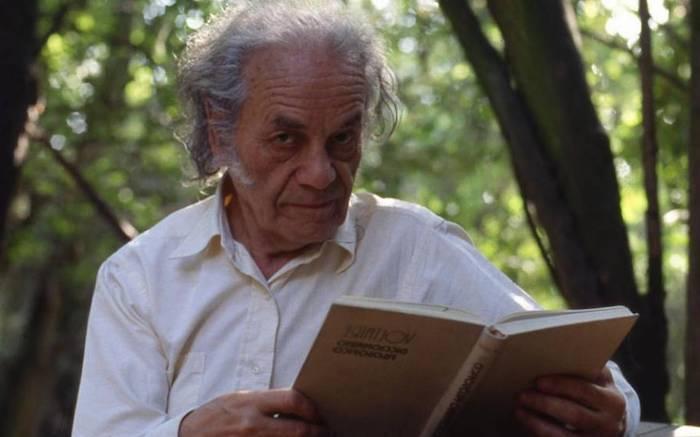 Universidad de Talca lamentó partida del antipoeta Nicanor Parra