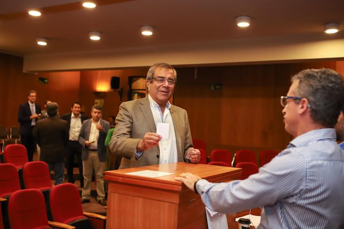 En primera vuelta, Álvaro Rojas fue elegido rector de la Universidad de Talca