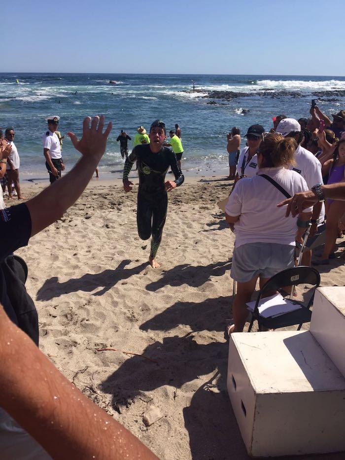 Autoridades del deporte regional maulino felicitaron a nadador Claudio Urzúa por su clasificación a los Juegos ODESUR 2018