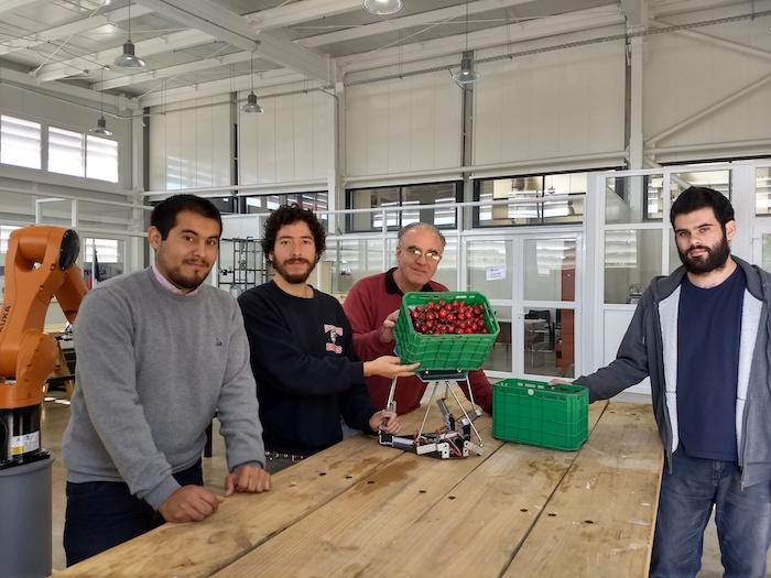 Investigadores crean prototipo que mide daño en fruta cosechada