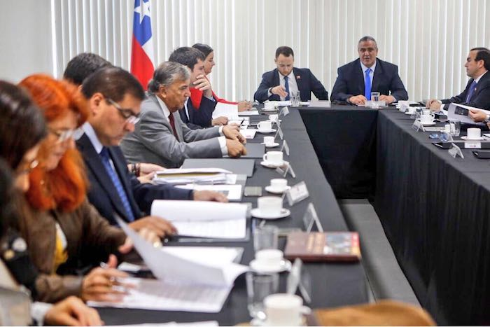 Gabinete evalúa avances de reconstrucción en Santa Olga, Los Aromos y Altos de Moran