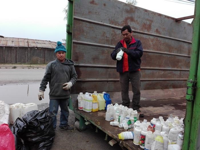 Licantén y Hualañé:  Recolectan 460 kilos de envases vacíos de fitosanitarios