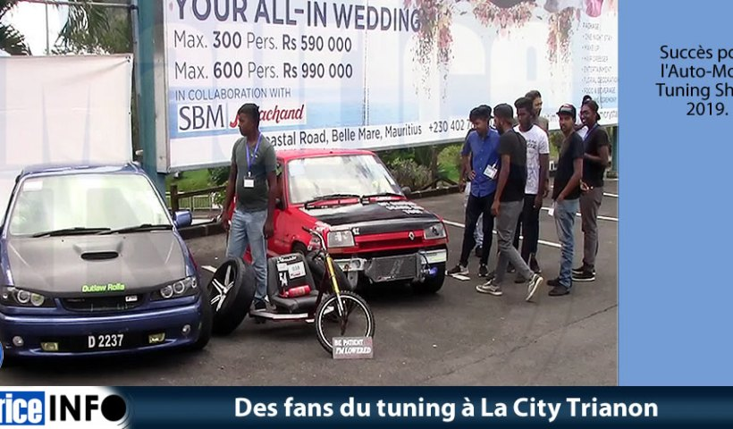 Des fans du tuning à La City Trianon