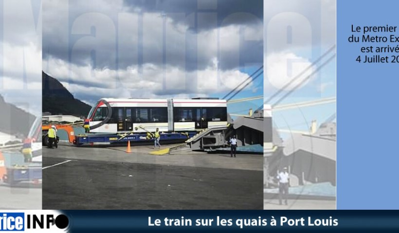 Le train sur les quais à Port Louis © Facebook
