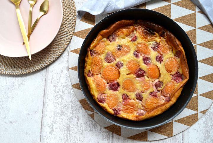 Clafoutis facile abricot fraise