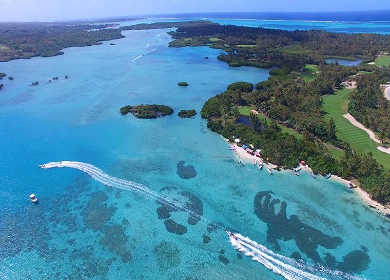 Ile aux Cerfs beach in Mauritius