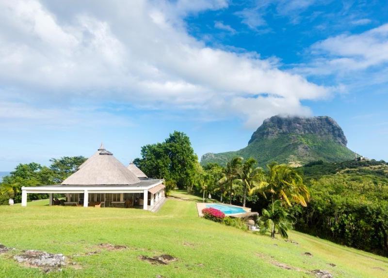 Le Petit Morne Villa in Mauritius