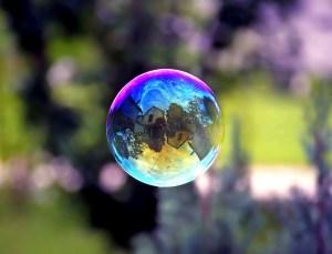 http://img.over-blog-kiwi.com/1/04/43/04/20150826/ob_30a832_subprime-bubble.jpg