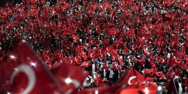 Trionfo d Erdogan a Strasburgo