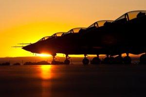 F 35 non è un caccia. E' il  Tramonto dell'Occidente