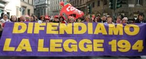© Roberto Monaldo / LaPresse 08-03-2008 Roma Interni Manifestazione organizzata da Cgil, Cisl, Uil, in occasione della Festa della Donna Nella foto Manifestanti