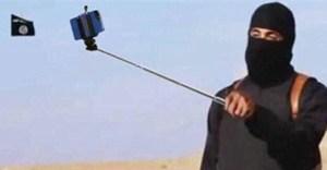 L'ultimo selfie prima di evacuare