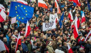 Varsavia ha un problema 'italiano':  i ricchi sovversivi di Stato.