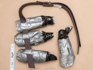 I cinque terroristi uccisi a Cambrils dalla polizia avevano cinture esplosive -  finte