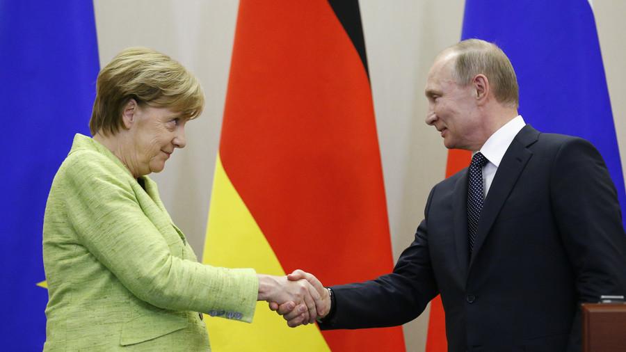 MERKEL dà un po' di ragione a Putin (lo permetterà il padrone?)