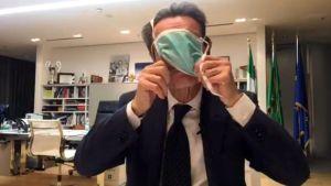 Difendere Fontana - e perdere la Lombardia