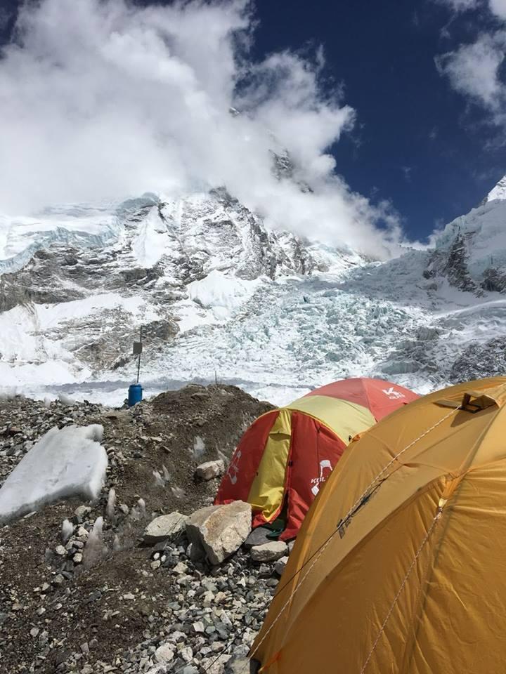 icefall-basecamp-everest-2018-maurzio-cheli-marco-camandona