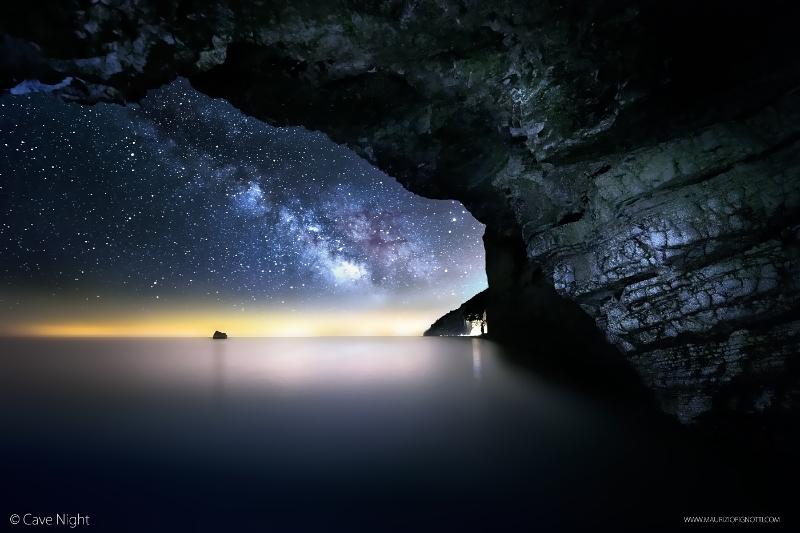 ©-Cave-Night