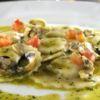 Ravioli de peixe ao caldo de vôngole ao perfume de manjericão Bar da Dona Onça Chef Janaina Rueda