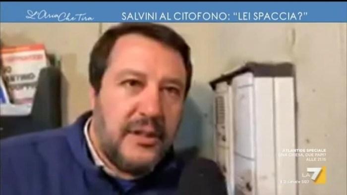 Salvini al citofono (La7)