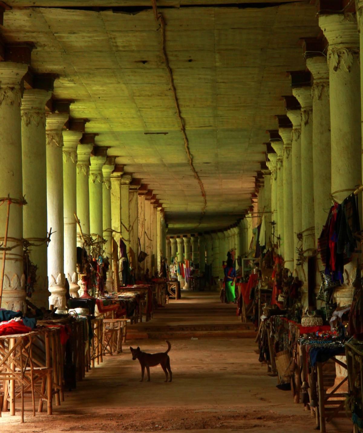 Indein shops have a good variety of handicrafts for sale