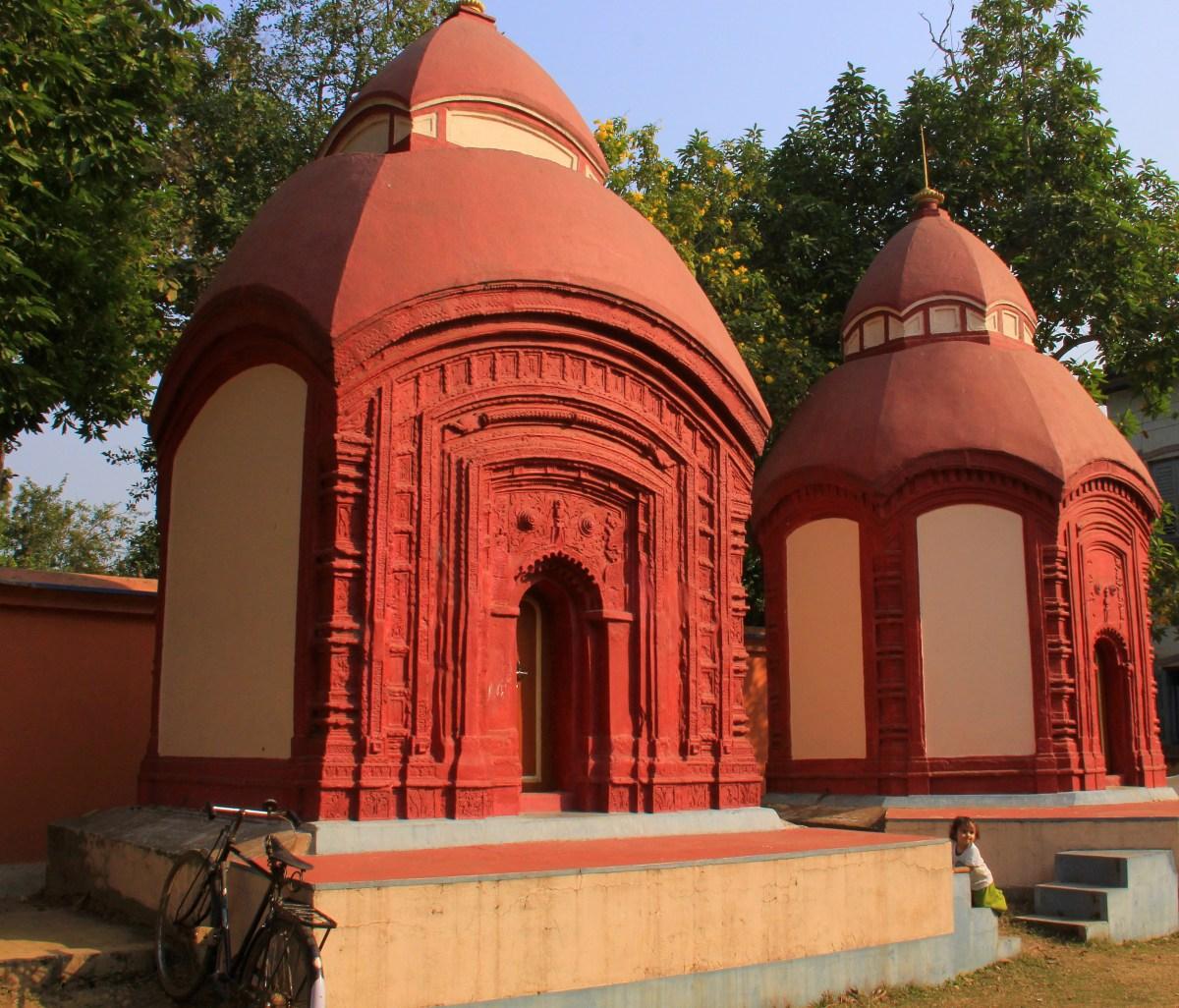 Terracotta temples of Amadpur Baithakkhana