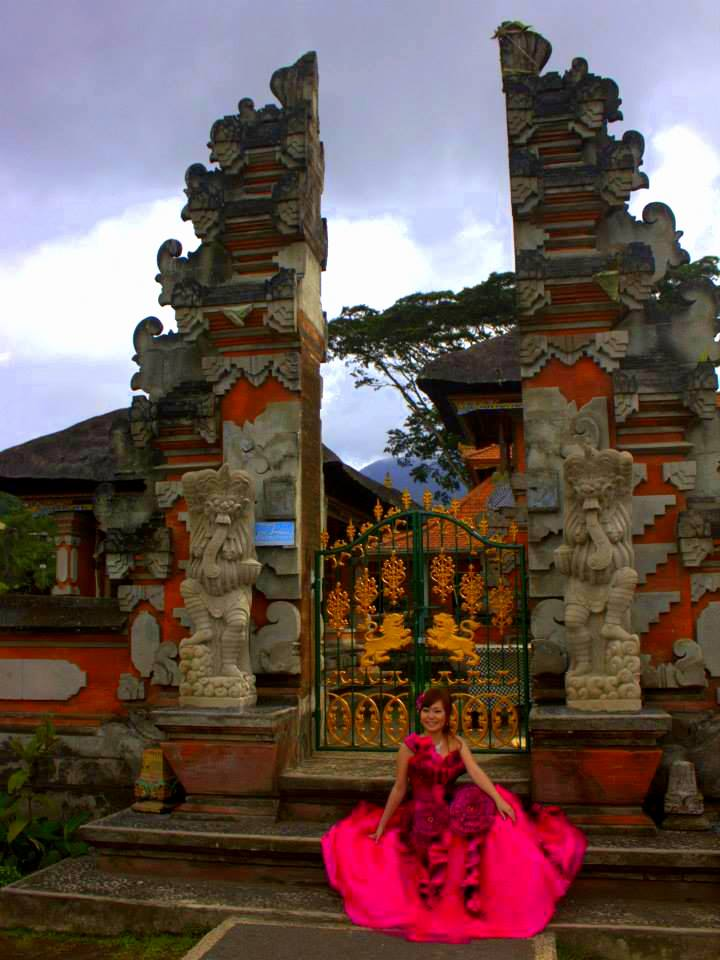 Bali temples make day trips from Ubud