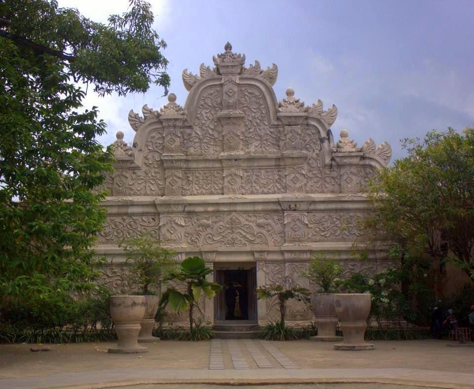 yogyakarta royal palace in java