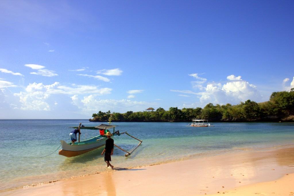 lombok beaches are stunning