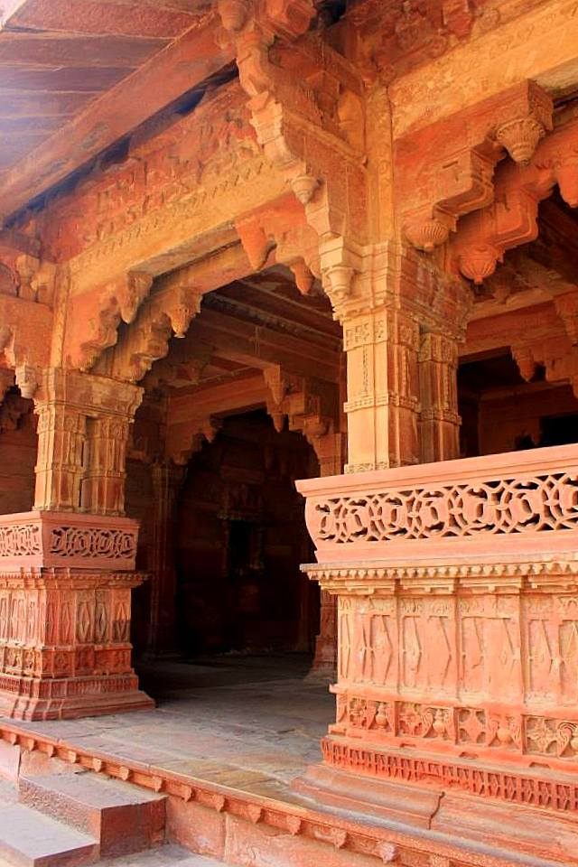 A peep into the royal women's quarters at Fatehpur Sikri