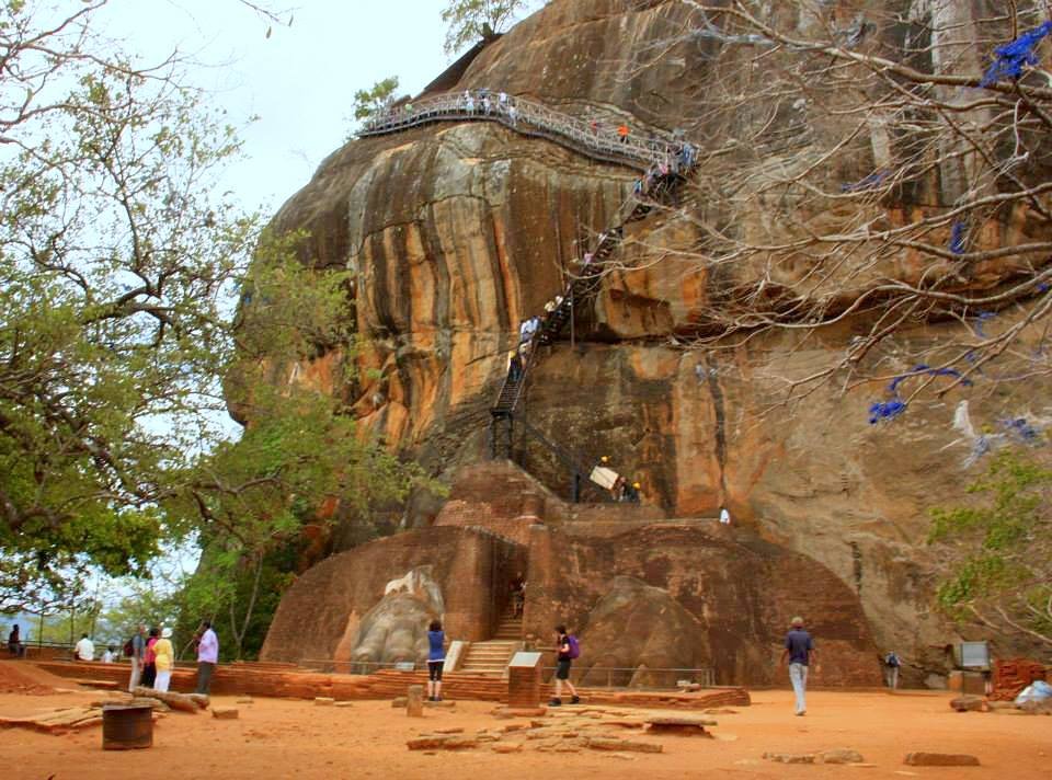 the lion rock of sri lanka