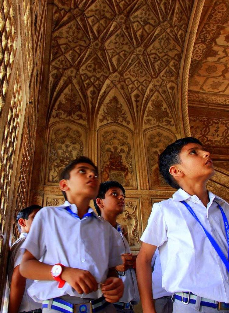 Visit Agra Fort early to avoid the crowds