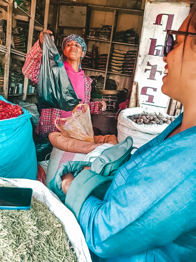 Buying spices at Addis Mercato