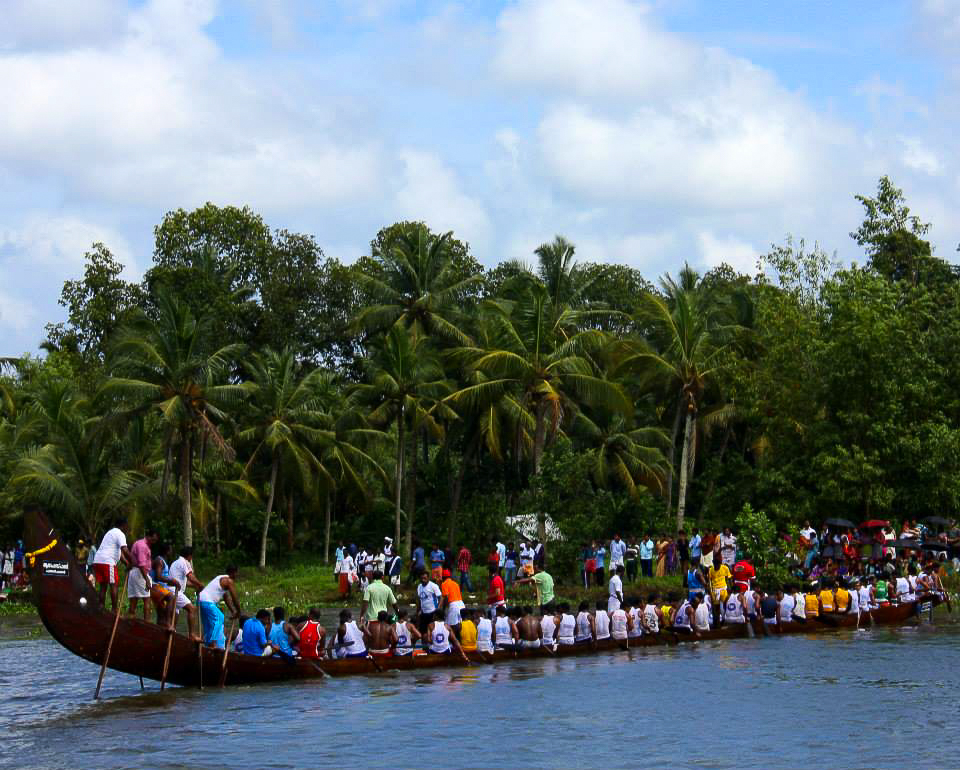 vallam kali or the Kerala snake boat race goes back to hundreds of years.