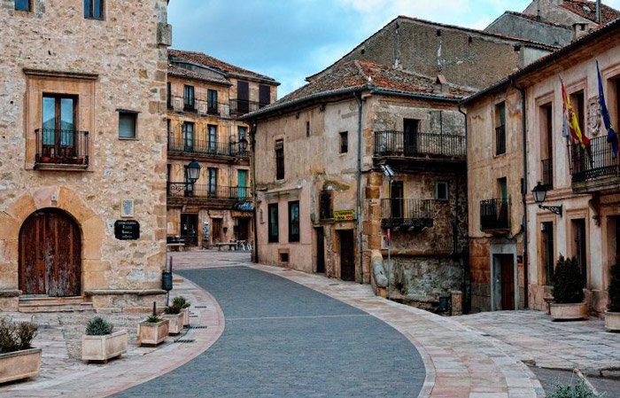 SEpúlveda ciudad segoviana de la que habla de Fuero de Sepúlveda.